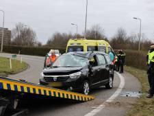 Automobilist verliest macht over het stuur en komt via oprit op afrit terecht
