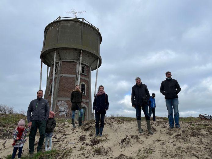 Het VLIZ heeft een ontvangststation op de watertoren in Wenduine geplaatst, met goedkeuring van de gemeente De Haan.