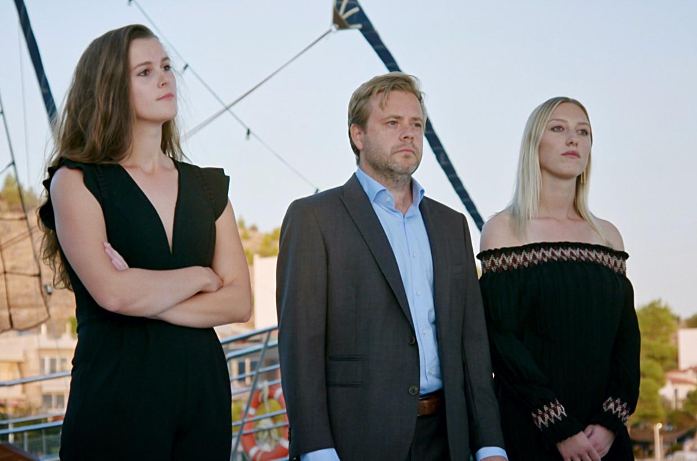 'De mol'-finalisten: Jolien, Bart en mol Alina. Beeld VIER
