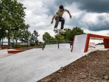 Nieuwe skatebaan in Deventer is er voor de hele gemeenschap: 'Eindelijk een plek waar we allemaal naartoe kunnen'