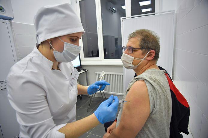 Het Sputnik-vaccin wordt in Rusland al toegediend.