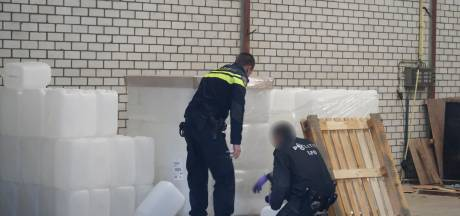 Politie vindt duizenden liters chemicaliën voor levensgevaarlijke drug fentanyl