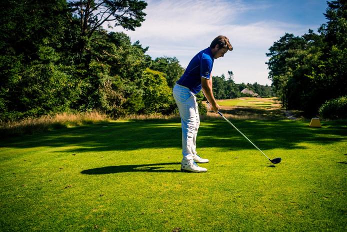 Golfer Lars van Meijel uit Best doet vanaf donderdag mee aan het KLM Open in Spijk. Foto Bram Berkien