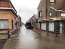 Het tweede deel van de Kleine Wervikstraat is zeer smal en bovendien een woonerf.