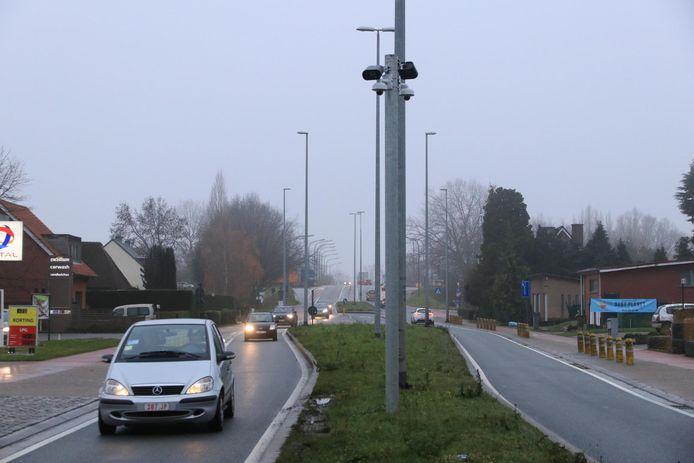 Op de grens tussen Melsele en Zwijndrecht staan reeds slimme camera's op de Krijgsbaan. Vanaf volgend jaar zullen die gegevens ook door politiezone WaNo geraadpleegd kunnen worden.