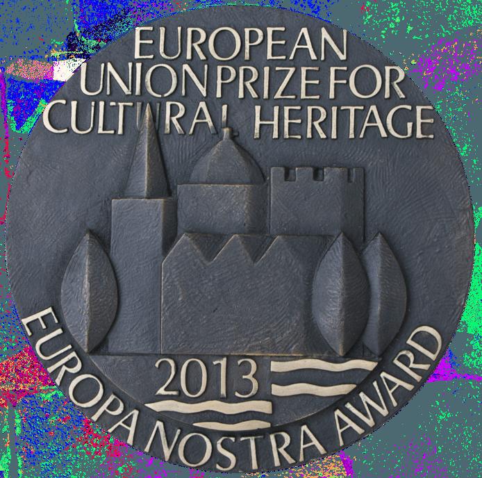 De plaquette bij de Europe Nostra Award.