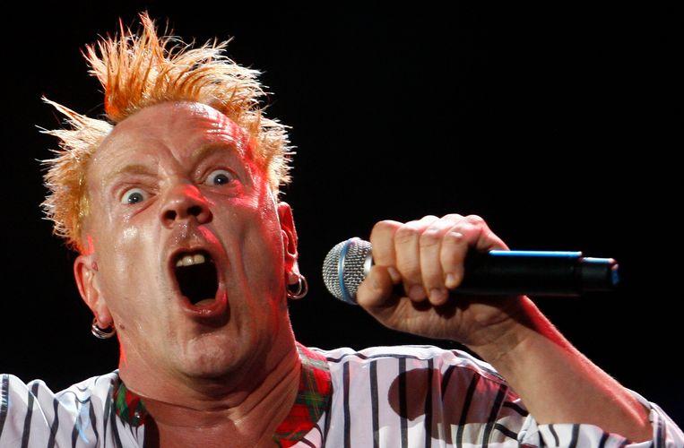 Wie de politieke situatie in Westminster van een soundtrack wil voorzien, komt al snel uit bij 'Anarchy in the UK' van The Sex Pistols. Beeld REUTERS
