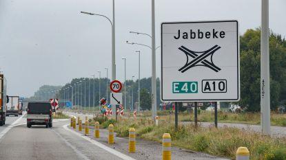 Plan je trip naar zee? Eerste dag werken E40 tussen Jabbeke en Gistel gestart met file tot in Brugge