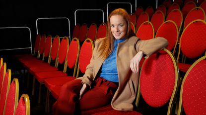 """'Thuis'-actrice Daphne Paelinck in moeilijkheden door coronacrisis: """"Vechten of boeken dicht"""""""