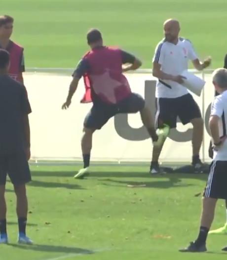 Une semelle sur son coach: Higuain pète un plomb à l'entraînement