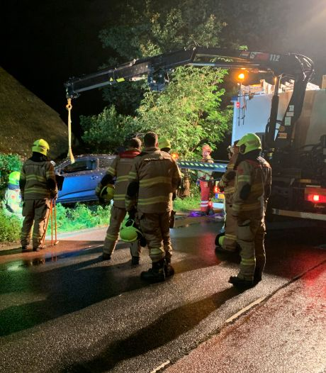 Persfotograaf ontsnapt aan aanrijding tijdens klus in Lunteren en doet aangifte tegen automobilist
