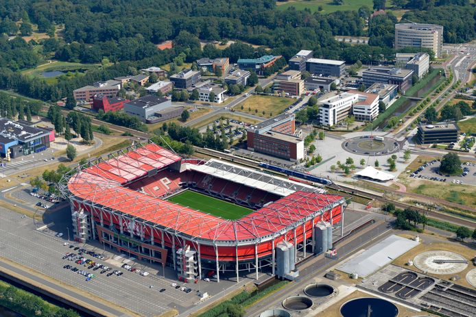 Dak Stadion Fc Twente Kan Geen Zonnepanelen Dragen Binnenland Ad Nl