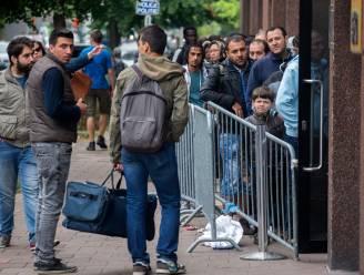 Dienst Vreemdelingenzaken moet opnieuw 280 asielzoekers de straat opsturen