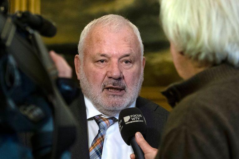 Jean-Marie Dedecker na zijn eedaflegging als burgemeester van Middelkerke. Beeld Photo News