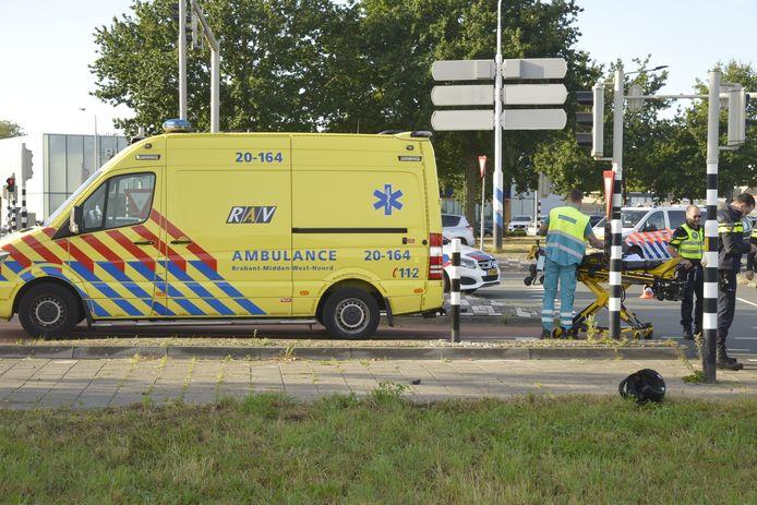 Scooterrijder gewond na botsing met auto in Breda op de Westerparklaan.
