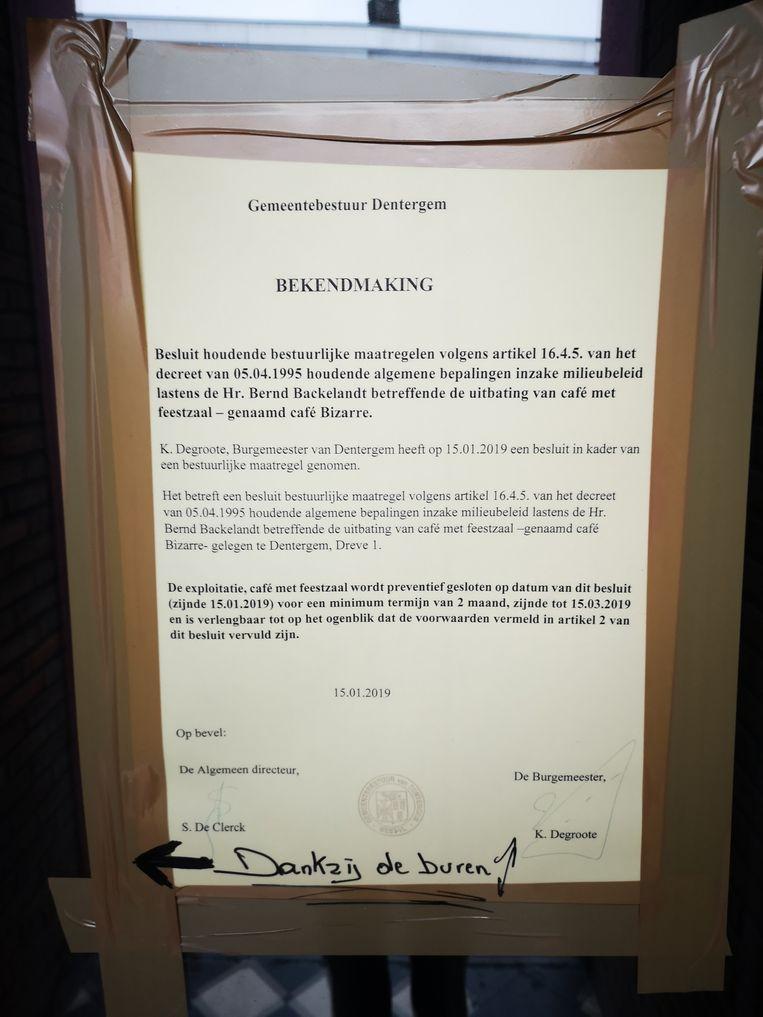 De brief van de uitbater aan café Bizarre.