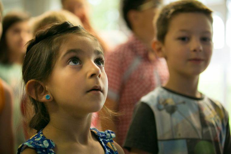 'De kinderen van Juf Kiet': docu over juf Kiet die een klasje van vluchtelingenkinderen begeleidt Beeld rv