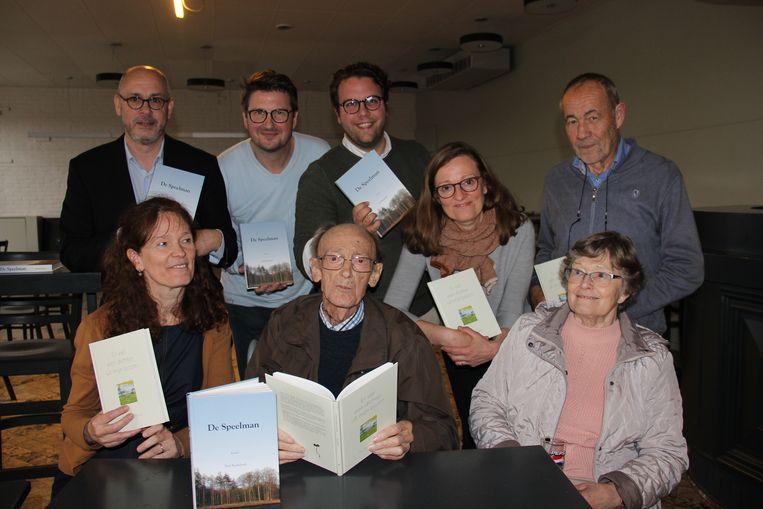 Het team achter de publicaties van Paul Baekeland.