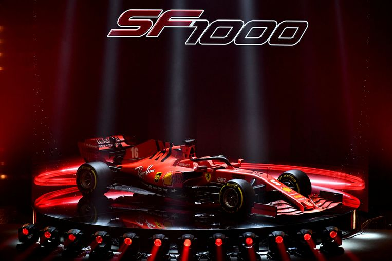 In het Italiaanse Reggio Emilia stelde Ferrari hun nieuwe wagen voor.