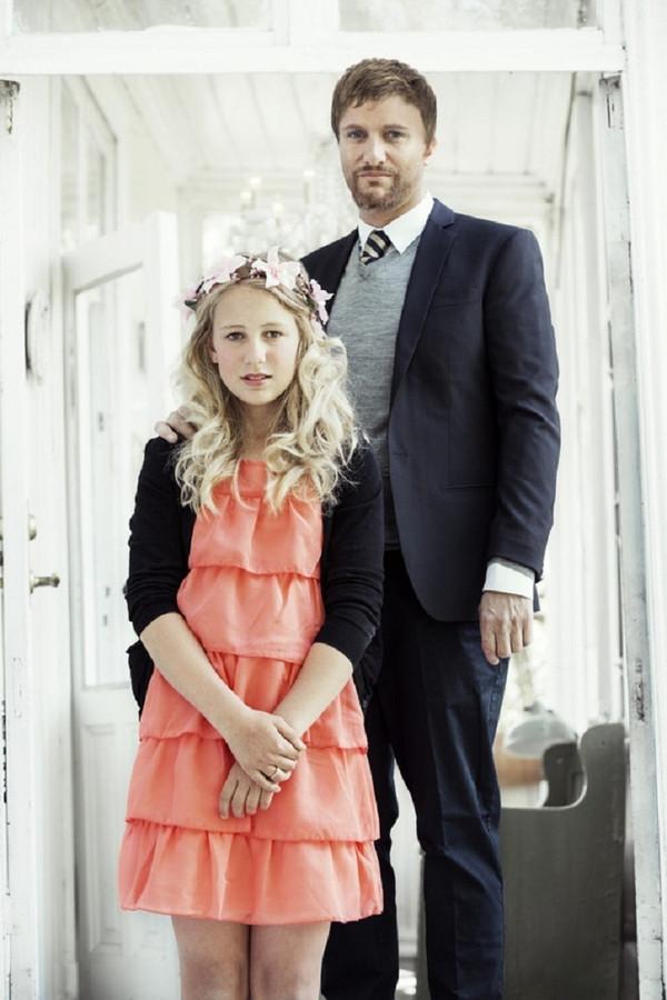 36b98dbf7b70 Kindbruidje Thea (12) trouwt zaterdag met haar Geir (37)