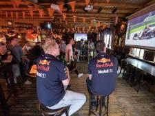 Max Verstappen toejuichen vanuit Deldens Formule 1-café