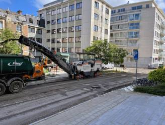 """Vaartstraat krijgt nieuwe asfaltlaag: """"In 2021 staan er dertigtal straten op de planning"""""""