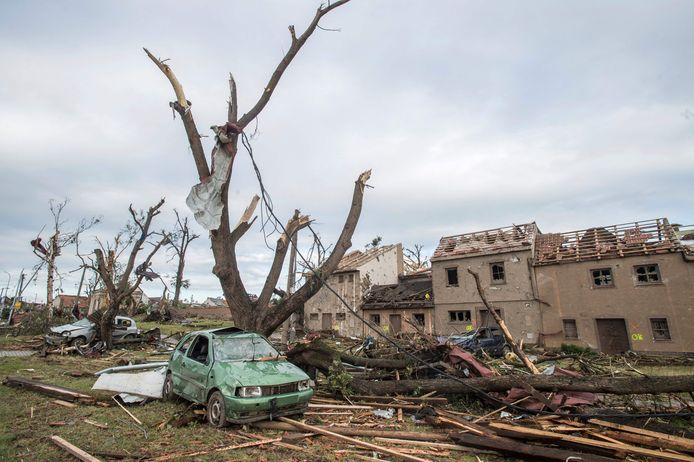 Totale ravage in het dorp Mukilcice.
