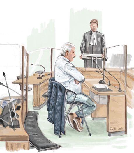 Verdachte fruithandelaar verstopt 863.000 euro cash in sokken en dozen: 'Mag ik niet voor mezelf sparen?'