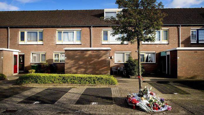 Het huis aan de Schelde in Heerhugowaard waar twee dode baby's werden gevonden.