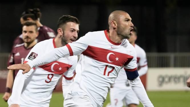 Turkije mag blijven hopen in poule Nederland na benutte penalty in 99ste minuut