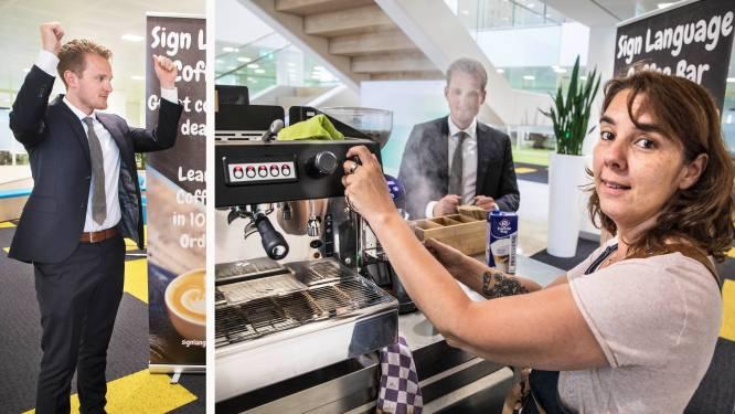 Unieke koffiebar met dove barista's: 'Wie koffie wil, moet zich aanpassen'