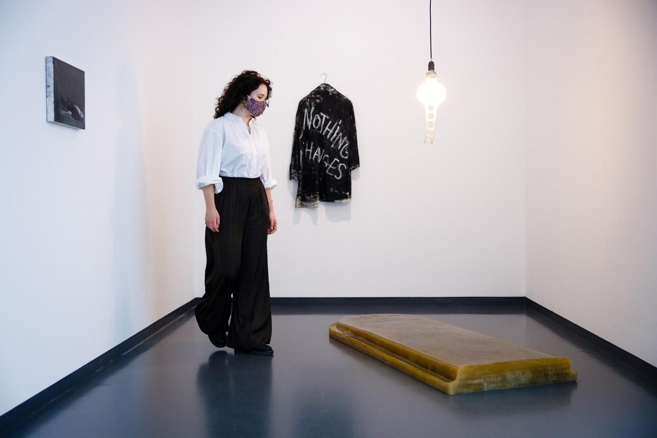 Een ander deel van de expo 'New Melancholy' in het Van Abbemuseum.