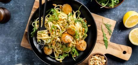 Wat Eten We Vandaag: Pasta met coquilles, erwtjes en citroen-dillesaus