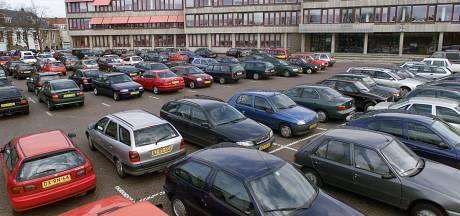 Dringend verzoek Oldenzaalse ondernemers: 'Maak eerste uur parkeren gratis'