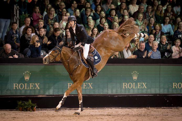 Den Bosch 11-03-18  Indoor Brabant in betere tijden; met volle tribunes. Harrie Smolders in 2018 met zijn paard Emerald.