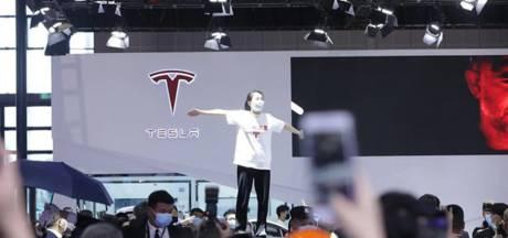 """""""Ma voiture a failli me tuer"""" : le scandale d'une Chinoise met Tesla dans l'embarras"""