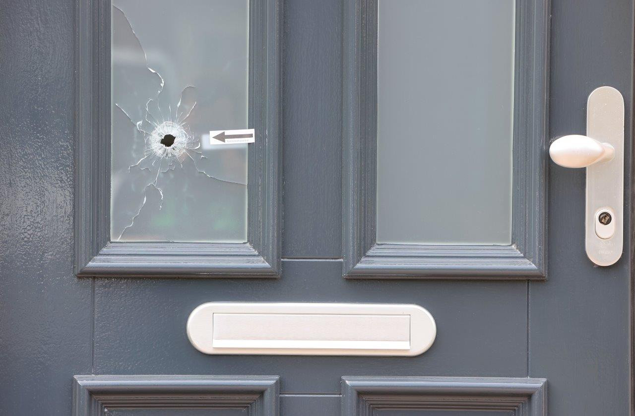 In de nacht van 8 op 9 mei werd een woning in Kerkdriel beschoten.