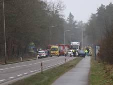 Drie gewonden bij ernstig ongeluk in Beekbergen: één slachtoffer bekneld