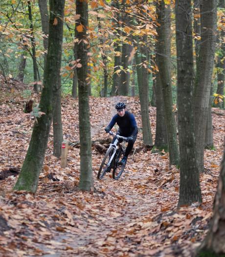 Bekeuring voor mountainbikers die op Posbank afwijken van de nieuwe mtb-route