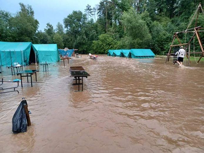 Het kamp in Saint-Aubin liep volledig onder water.