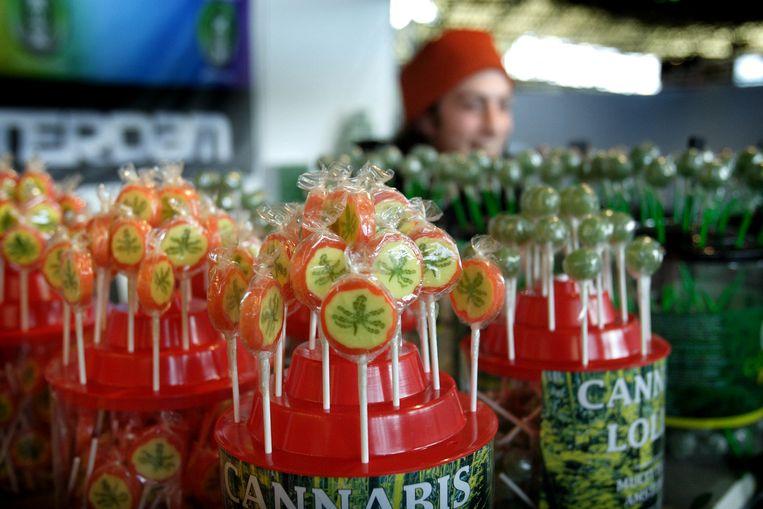 De verkoop van zogenaamde cannabislolly's wordt aangepakt. Beeld ANP