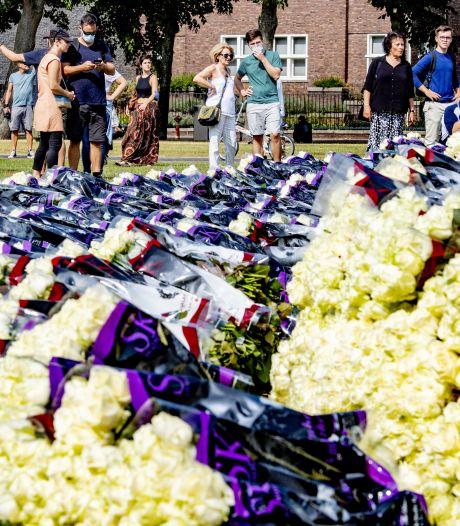 Witte rozen bij demonstratie voor Bas: 'We zijn boos en verdrietig'