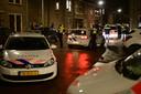 Politie is met veel voertuigen aanwezig in de Geitenkamp