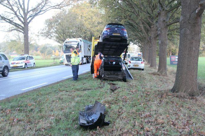 Bij het ongeluk op de N35 bij Raalte waren drie auto's betrokken.
