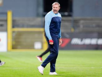 """Coach Chris Janssens weet wat Lokeren-Temse nog mist vlak voor verplaatsing naar Wetteren: """"Onze efficiëntie moet dringend omhoog"""""""