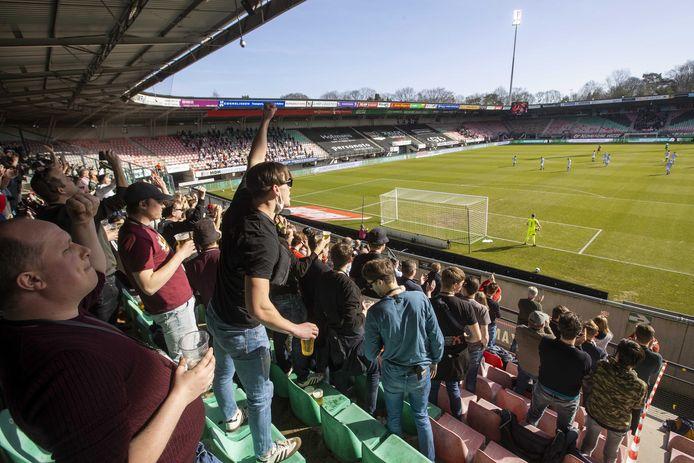 NEC-fans tijdens een eerdere testwedstrijd, tegen de Graafschap.