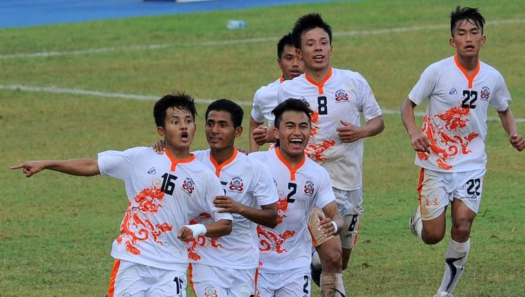 Bhutan juicht na de goal van Tshering Dorji tegen Sri Lanka Beeld AFP
