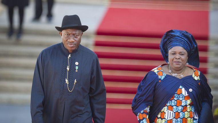 De Nigeriaanse president Goodluck Jonathan en zijn vrouw Patience Beeld ap