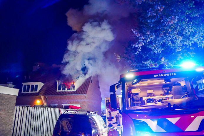 Brand in hoekwoning aan de Lievendaalseweg in Eindhoven
