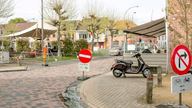 """""""Denk aan onze klanten en obers en riskeer geen 75 euro boete"""": uitbater eetcafé BlaBlaBla op de Dries vraagt begrip voor nieuwe verkeerssituatie"""